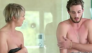 Omg, my friend's female parent is a nuru masseuse - dee williams increased by lucas frost