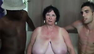 FRENCH Plumper 65YO GRANNY OLGA Drilled BY 2 MEN - Double penetration