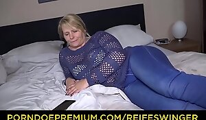 REIFE SWINGER &ndash_ Mature German blonde passionate accommodation billet sex