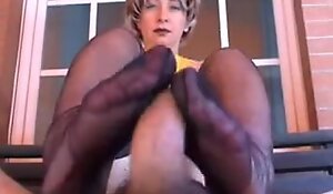 Giving up Nylon Footjob