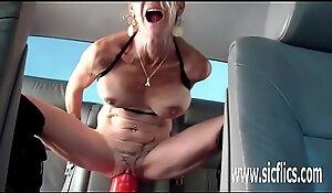Annas colossal sex-toy shagging orgasms