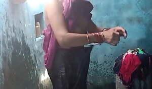 Desi aunty bathes