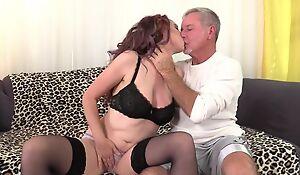 Zoe Matthews deepthroats and copulates lover's cock in the balance it spews