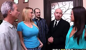 Brazzers - Shes Going to Squirt - An obstacle Heavy Squirt chapter starring Blake Rose involving an increment of Will Powers