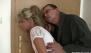 Parents trickiness their son's gf come by Threesome dealings