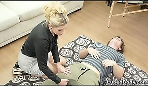 MILF nostrum always helps - India Summer coupled with Robby Echo
