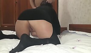 Free son hard fucks a mature stepmother and ends with her. Creampie