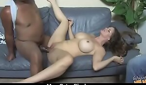 Mom with Chunky Tits gets Pounded by Malicious Cock 20