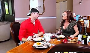 Brazzers - Mommy Got Boobs - Diamond Fo increased by Sean Offender - Midnight Milk