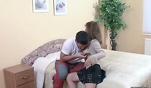 He Seduce Best Friends Mom Yon Have a passion together with lost Virgin