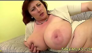 Big Mommy With Huge Tittes Mastrubates with an white big dildo HD