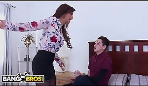 BANGBROS - Juan El Caballo Loco Fucks His Step Mom Syren De Mer