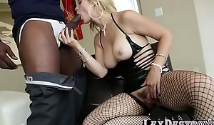 MILF Sarah Vandella wants hardcore sex