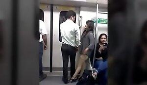Delhi matro scenes
