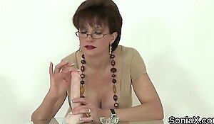 Cheating uk mature lady sonia exposes her huge titties