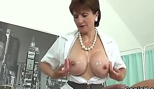 Unfaithful uk mature lady sonia shows off her huge puppies