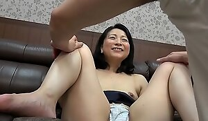 Mature Milf suduced by younger men part 2