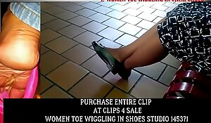 Clips4Sale Preview Candid Mature Nylon Toe wiggling