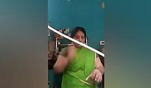 Desi Mom Live